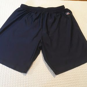 RUSSELL ATHLETIC SHORTS SIZE LARGE